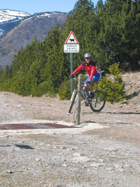 Attention....... - Piotr - biking66.com