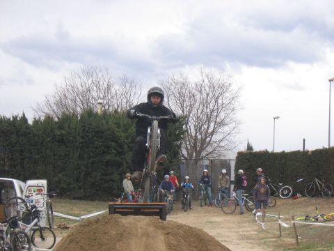 DEMO DIRT 029.jpg - VRINX - biking66.com