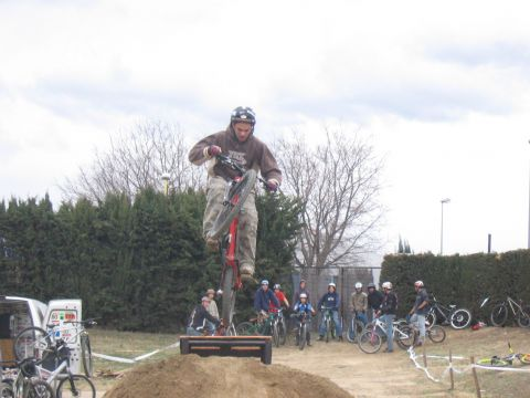 DEMO DIRT 028.jpg - VRINX - biking66.com