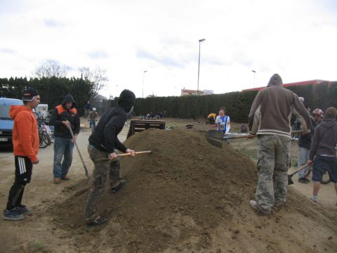 DEMO DIRT 047.jpg - VRINX - biking66.com